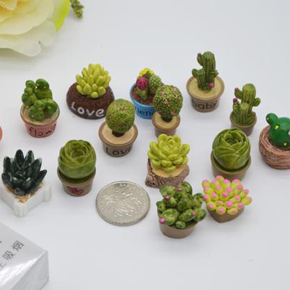 Кактусы декоративные (пластик)